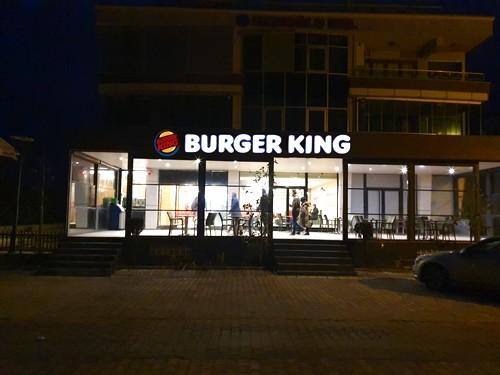 Burger King Karasu - Karasu Ekşioğlu İnşaat Karasu Satılık Daireler ve Yazlıklar www.karasusatilikyazliklar.com (1)